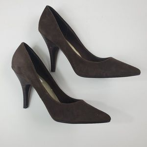 Steve Madden Suede Leather Pumps in brown 9.5